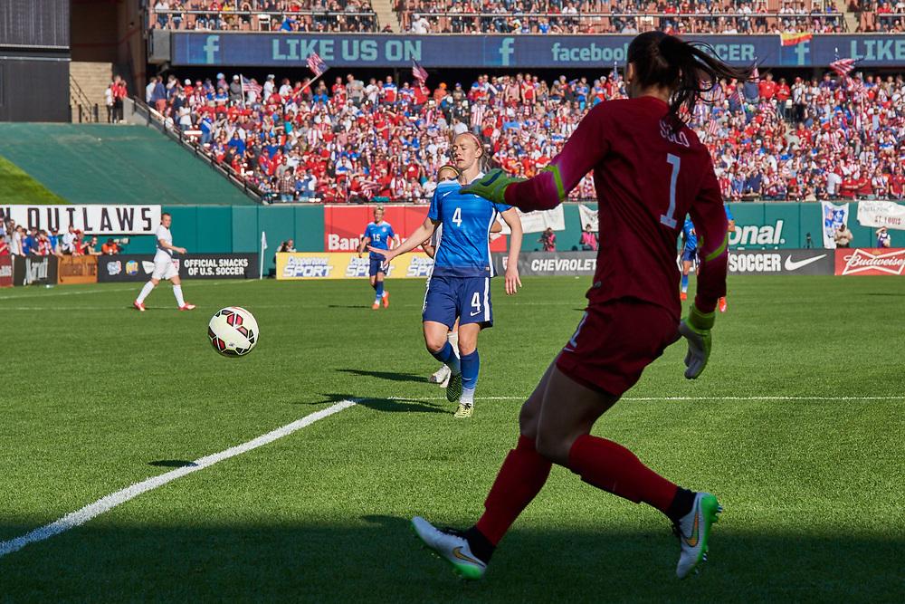 Becky Sauerbrunn during the U.S. Women's National Soccer Team game vs New Zealand home friendly at Busch Stadium on April 4, 2015.