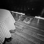 "Souffleur im Theater, Restaurant zum ""Brennenden Herzen"", Gurmels. 2003. © Romano P. Riedo"