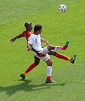 v.l. Loco, Vahid Hashemian Iran<br /> Fussball WM 2006 Iran - Angola 1:1<br />  Norway only