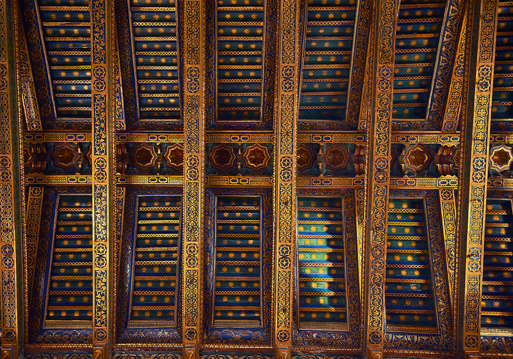 Decorative roof beams of the Norman-Byzantine medieval cathedral  of Monreale,  province of Palermo, Sicily, Italy. .<br /> <br /> If you prefer you can also buy from our ALAMY PHOTO LIBRARY  Collection visit : https://www.alamy.com/portfolio/paul-williams-funkystock/monrealeduomomosaics.html. Refine search by adding subject etc  into the LOWER SEARCH WITHIN GALLERY box. <br /> <br /> Visit our BYZANTINE MOSAIC PHOTO COLLECTION for more   photos  to download or buy as prints https://funkystock.photoshelter.com/gallery-collection/Roman-Byzantine-Art-Artefacts-Antiquities-Historic-Sites-Pictures-Images-of/C0000lW_87AclrOk