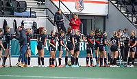 AMSTELVEEN - line up Amsterdam tijdens de competitie hoofdklasse hockeywedstrijd dames, Amsterdam-HDM (1-1).  COPYRIGHT KOEN SUYK