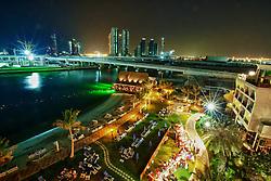 Vista noturna do Rotana Beach Hotel, em Abu Dhabi, lugar onde a equipe do colorado está hospedada. O S.C. Internacional participa de 8 a 18 de dezembro do Mundial de Clubes da FIFA, em Abu Dhabi. FOTO: Jefferson Bernardes/Preview.com