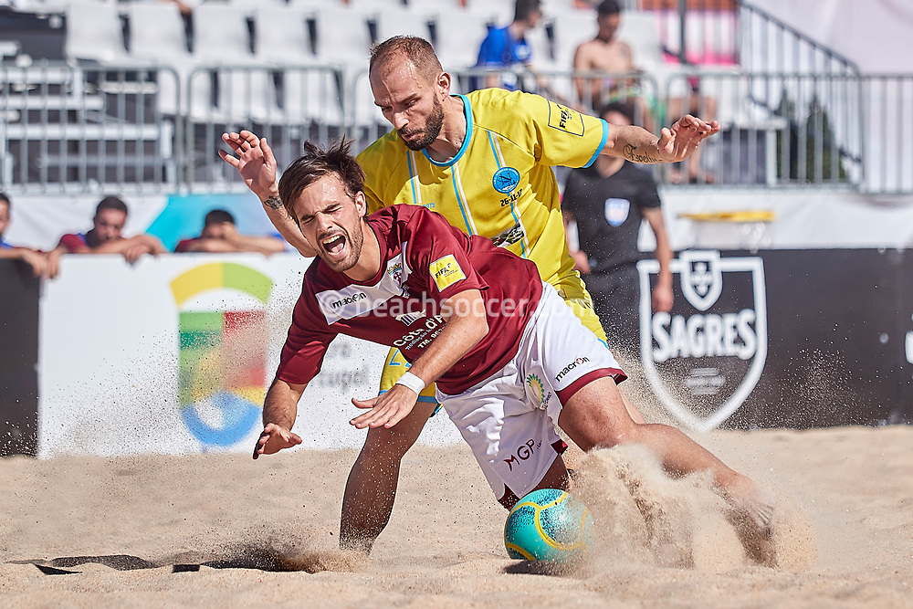 NAZARE, PORTUGAL - MAY 31: Vasileios Bounas of Napoli Patron BSC and Joao Fonseca of GD Sesimbra during the Euro Winners Challenge Nazaré 2019 at Nazaré Beach on May 31, 2019 in Nazaré, Portugal. (Photo by Jose M. Alvarez)
