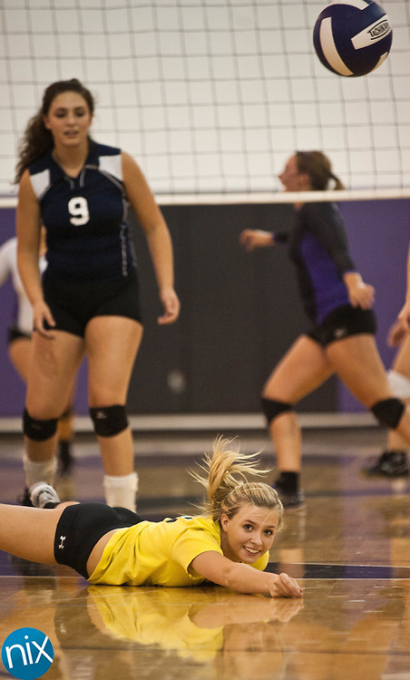 Hickory Ridge against Cox Mill Tuesday night at Cox Mill High School. Hickory Ridge won the match.  (Photo by James Nix)