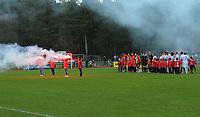 Fotball NM Cup Stjørdalsblink - Rosenborg<br /> Øverlands Minde, Stjørdal 13 mai 2010<br /> <br /> Markering før kampen<br /> <br /> Foto : Arve Johnsen, Digitalsport