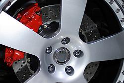 2005 CATA (Chicago Auto Show), close of of tire, wheel, and brake caliper