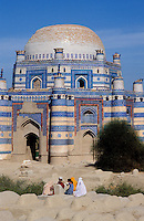 Pakistan, Punjab, Uch Sharif, Tombe de Bibi Jawindi // Pakistan, Punjab province, Uch  Sharif, Bibi Jawindi tomb