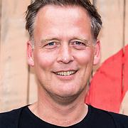 NLD/Amsterdam/20170627 - Presentatie O What a Night - Dons, Erik Jan Harmens