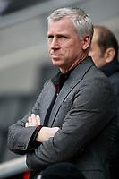 Photo: Steve Bond/Richard Lane Photography. MK Dons v Southampton. Coca-Cola Football League One. 20/03/2010. Alan Pardew looks on