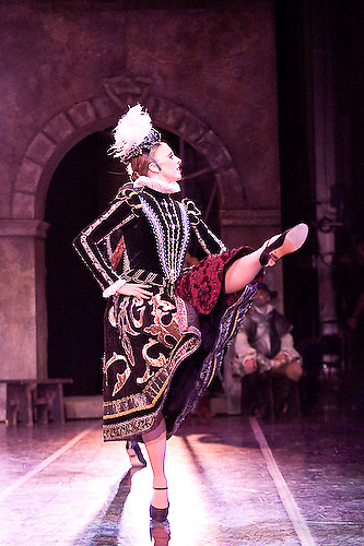 Don Quixote.choreography: Anna-Marie Holmes after Marius Petipa..Based on the book by Miguel de Cervantes, this 19th century classical ballet was originally choreographed by Marius Petipa. ..Tulsa Performing Arts Center, Tulsa, Oklahoma -- September 2008