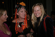 Daisy Garnett, Katrine Boorman and Alannah Weston W'Sens-restaurant launch party. 12 Waterloo Place. 10 December 2004. ONE TIME USE ONLY - DO NOT ARCHIVE  © Copyright Photograph by Dafydd Jones 66 Stockwell Park Rd. London SW9 0DA Tel 020 7733 0108 www.dafjones.com
