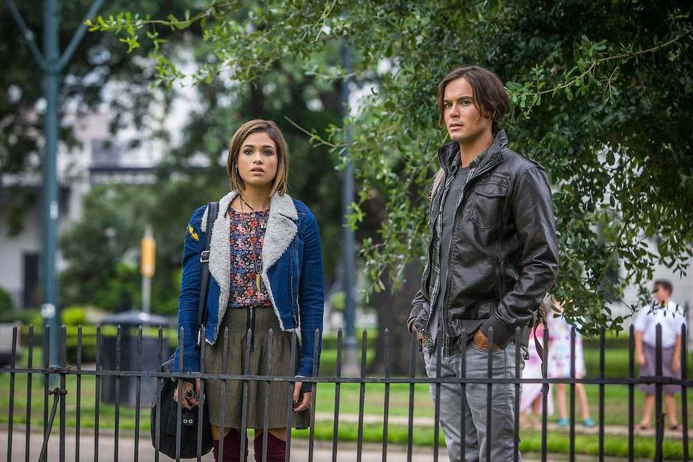 """Nicole Gale Anderson as Miranda and Tyler Blackburn as Caleb in ABC Family's """"Ravenswood""""."""