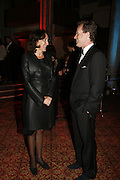 FIONA SHAW AND TEDDY ST. AUBYN, Drinks Reception before the Man Booker Prize 2006. Guildhall, Gresham Street, London, EC2, 10 October 2006. -DO NOT ARCHIVE-© Copyright Photograph by Dafydd Jones 66 Stockwell Park Rd. London SW9 0DA Tel 020 7733 0108 www.dafjones.com