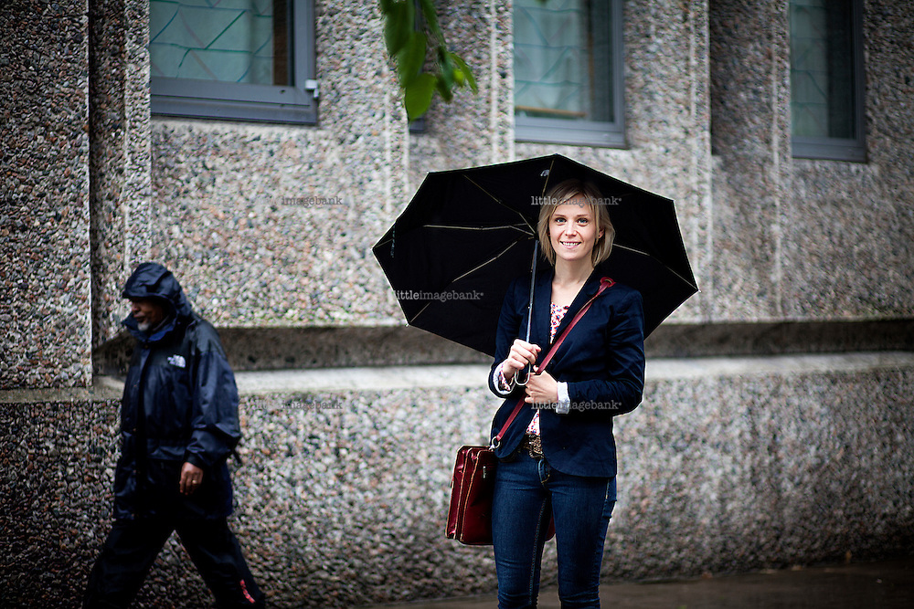 Oslo, Norge, 29.06.2012. Kjersti Annesdatter Skomsvold til intervju om ny bok. Foto: Christopher Olssøn.