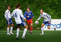 Fotball, 1236. juli 2006, Adeccoligaen, Tromsdalen - FK Haugesund<br /> Morten Hestad, Haugesund, Morten Giæver, Tromsdalen, Ivar Arnljot Sandvik, Haugesund<br /> Foto: Tom Benjaminsen / DIGITALSPORT
