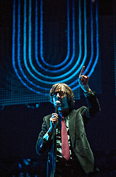 © Licensed to London News Pictures. 27/08/2011. Reading, UK. Lead singer Jarvis Cocker. Pulp play the main stage on Day two of Reading Festival 2011 in Reading, Berkshire today (27/08/2011). Photo credit: Ben Cawthra/LNP