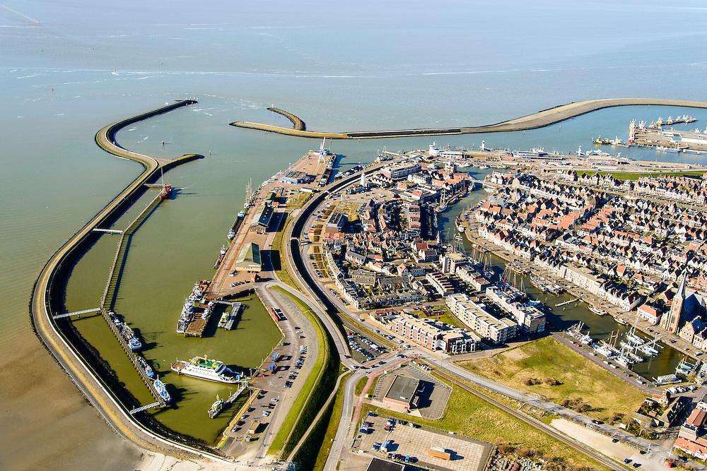 Nederland, Friesland, Harlingen, 28-02-2016; overzicht Harlingen met Zuiderhaven, Havenmond en Nieuwe Voorhaven.<br /> Overview Harlingen harbor.<br /> luchtfoto (toeslag op standard tarieven);<br /> aerial photo (additional fee required);<br /> copyright foto/photo Siebe Swart