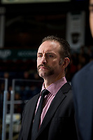 KELOWNA, CANADA - NOVEMBER 14: Kelowna Rockets' head coach Jason Smith stands on the bench against the Edmonton Oil Kings on November 14, 2017 at Prospera Place in Kelowna, British Columbia, Canada.  (Photo by Marissa Baecker/Shoot the Breeze)  *** Local Caption ***