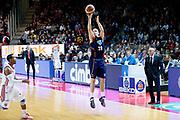 DESCRIZIONE : Varese Lega A 2013-14 Cimberio Varese Acea Virtus Roma<br /> GIOCATORE : Jimmy Baron<br /> CATEGORIA : Tiro Three Points<br /> SQUADRA : Acea Virtus Roma<br /> EVENTO : Campionato Lega A 2013-2014<br /> GARA : Cimberio Varese Acea Virtus Roma<br /> DATA : 12/01/2014<br /> SPORT : Pallacanestro <br /> AUTORE : Agenzia Ciamillo-Castoria/G.Cottini<br /> Galleria : Lega Basket A 2013-2014  <br /> Fotonotizia : Varese Lega A 2013-14 Cimberio Varese Acea Virtus Roma<br /> Predefinita :