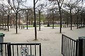 Place des Vosges Coronavirus Paris