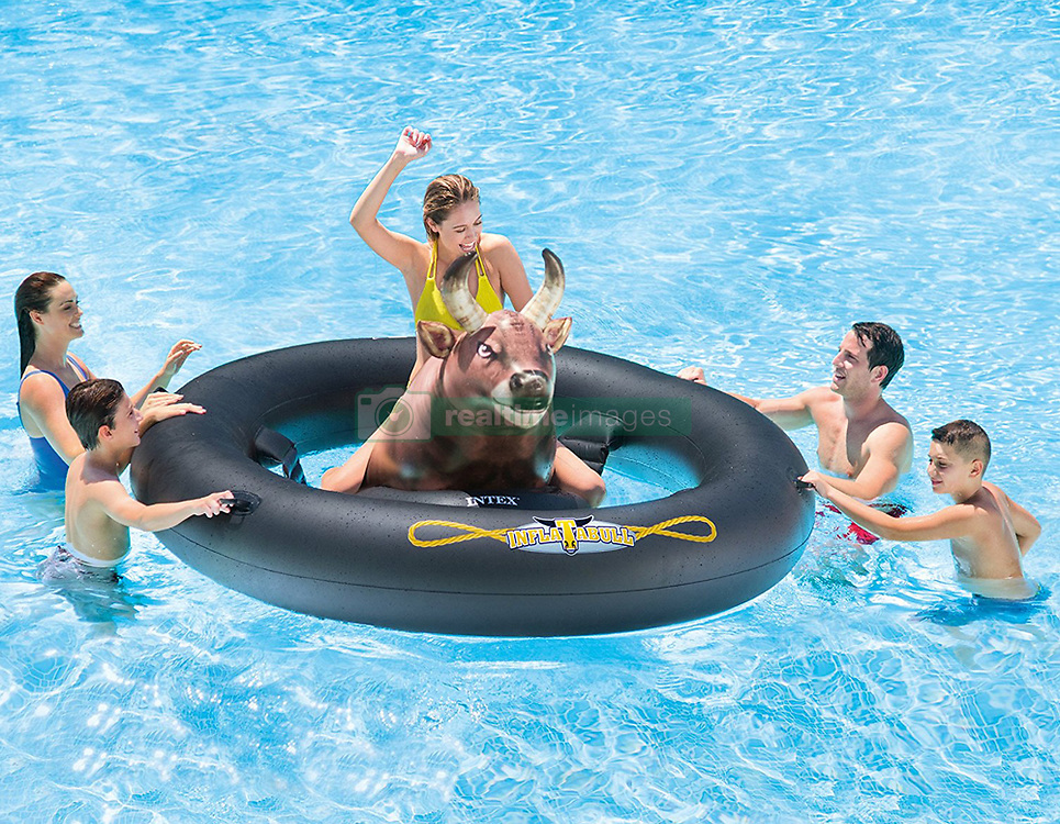 """April 25, 2017 - inconnu - Here's a bucking good way to enjoy a splash this summer – a blow-up bull.The US designed Inflatabull uses innovative photo-realistic printing technology for the realistic-looking inflatable.It sits in the middle of a giant rubber ring for people to take turns riding the bull and looking to stay on for as long as possible.The $60 USD / €55 Euros / £47 GBP pool plaything was created by US company Intex Corp.A spokesman said:"""" Be brave and enjoy a fun bull-riding experience on water with Intex Inflatable! """"Host competitions with family and friends and see how long you can stay mounted on the bull. """"It's a great accessory for pools, lakes, or rivers. Provides families and friends with hours of challenging wet fun."""" # UNE BOUEE POUR FAIRE DU RODEO (Credit Image: © Visual via ZUMA Press)"""