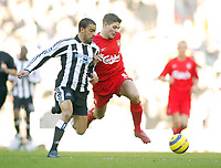 19/12/2004 - FA Barclays Premiership - Liverpool v Newcastle United - Anfield, Liverpool<br />Liverpool's Steven Gerrard and Newcastle United's Kieron Dyer<br />Photo:Jed Leicester/Back Page Images