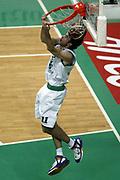 DESCRIZIONE : Siena Lega A1 2006-07 Montepaschi Siena Tdshop.it Livorno <br /> GIOCATORE : Datome <br /> SQUADRA : Montepaschi Siena <br /> EVENTO : Campionato Lega A1 2006-2007 <br /> GARA : Montepaschi Siena Tdshop.it Livorno <br /> DATA : 11/11/2006 <br /> CATEGORIA : Schiacciata <br /> SPORT : Pallacanestro <br /> AUTORE : Agenzia Ciamillo-Castoria/L.Moggi