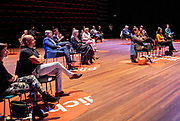 DEN HAAG, 3-6-2020  Koning Willem-Alexander en  Koningin Maxima tijdens de eerste voorstellingsavond na heropening bezocht van Het Nationale Theater in Theater aan het Spui in Den Haag. Theaters in Nederland kunnen vanaf 1 juni hun deuren weer openen voor maximaal dertig bezoekers, na een sluiting van elf weken vanwege de coronapandemie. <br /> <br /> King Willem-Alexander and Queen Maxima visited the National Theater in Theater aan het Spui in The Hague during the first performance evening after the reopening. Theaters in the Netherlands will be able to open their doors again from 1 June for up to thirty visitors, after an eleven week closure due to the corona pandemic.