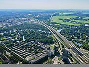 Nederland, Noord-Holland, Amsterdam, 02-09-2020; Amsterdam-Zuid, Zuid-as met ring A10. Rechtsonder Hotel nhow Amsterdam RAI, Europaboulevard. Rivier de Amstel.<br /> Amsterdam-Zuid, Zuidas with ring A10. Bottom right Hotel nhow Amsterdam RAI, Europaboulevard. River Amstel.<br /> luchtfoto (toeslag op standard tarieven);<br /> aerial photo (additional fee required);<br /> copyright foto/photo Siebe Swart