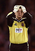 Photo Aidan Ellis.<br />Sheffield United v Nottingham Forest.<br />Nationwide Divison 1 Play Off Semi Final 2nd leg.<br />15/05/2003.<br />Sheffield keeper paddy Kenny cant believe it as Forest go 2 up