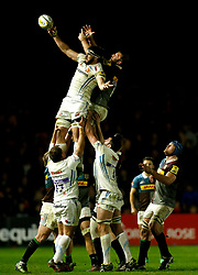 Exeter's Don Armand and Harlequins' Chris Robshaw compete for a lineout during the Aviva Premiership match at Twickenham Stoop, London.