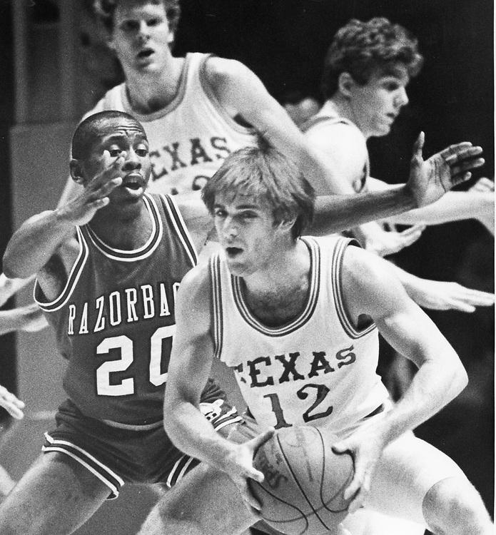 ©1986  Texas vs. Arkansas men's basketball at the Erwin Center.