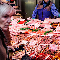 Nederland, Amsterdam, 18 maart 2016.<br /> Vis op de Albert Cuyp markt.<br /> Foto bij verhaal Visafslag Den Helder.<br /> <br /> The Netherlands, Amsterdam, 18 march 2016<br /> Fish on the Albert Cuyp market in Amsterdam. <br /> Picture to accompany feature Visafslag Den Helder (Fish processing for auction in Den Helder)<br /> <br /> <br /> Foto: Jean-Pierre Jans