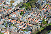 Nederland, Zuid-Holland, Leiden, 09-04-2014; centrum Leiden met Vliet tussen Witte Singel en Rapenburg (links).<br /> Old town and heart of the city of Leiden with canals and  University buildings.<br /> luchtfoto (toeslag op standard tarieven);<br /> aerial photo (additional fee required);<br /> copyright foto/photo Siebe Swart