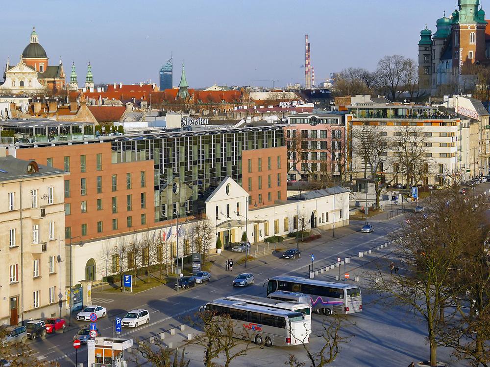 Hotel Sheraton przy ulicy Powiśle w Krakowie, Polska<br /> Sheraton Hotel at Powiśle Street in Cracow, Poland