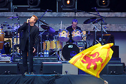 The Eagles at Hampden<br />Don Henley <br />22/7/2001<br /><br />Pic : M Schofield