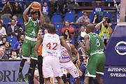 DESCRIZIONE : Milano Coppa Italia Final Eight 2013 Finale Cimberio Varese Montepaschi Siena<br /> GIOCATORE : Brown Bobby<br /> CATEGORIA : controcampo rimbalzo<br /> SQUADRA : Montepaschi Siena<br /> EVENTO : Beko Coppa Italia Final Eight 2013<br /> GARA : Cimberio Varese Montepaschi Siena<br /> DATA : 10/02/2013<br /> SPORT : Pallacanestro<br /> AUTORE : Agenzia Ciamillo-Castoria/GiulioCiamillo<br /> Galleria : Lega Basket Final Eight Coppa Italia 2013<br /> Fotonotizia : Milano Coppa Italia Final Eight 2013 Finale Cimberio Varese Montepaschi Siena<br /> Predefinita :