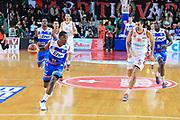 DESCRIZIONE : Varese Lega A 2012-13 Cimberio Varese Enel Brindisi <br /> GIOCATORE : Dyson Jerome<br /> CATEGORIA : Palleggio<br /> SQUADRA : Enel Brindisi<br /> EVENTO : Campionato Lega A 2013-2014<br /> GARA : Cimberio Varese Enel Brindisi<br /> DATA : 17/11/2013<br /> SPORT : Pallacanestro <br /> AUTORE : Agenzia Ciamillo-Castoria/I.Mancini<br /> Galleria : Lega Basket A 2013-2014  <br /> Fotonotizia : Varese Lega A 2013-2014 Cimberio Varese Enel Brindisi<br /> Predefinita :