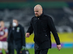 BURNLEY, ENGLAND - Tuesday, December 29, 2020: Burnley's manager Sean Dyche walks back to the dressing room at half-time during the FA Premier League match between Burnley FC and Sheffield United FC at Turf Moor. Burnley won 1-0. (Pic by David Rawcliffe/Propaganda)