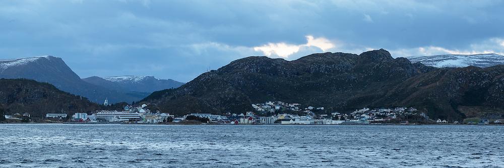High resolution panorama of Fosnavåg, Norway | Høyoppløslig panorama av Fosnavåg