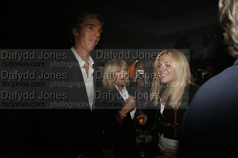 James Cook, Adrienne Cook and Sienna Miller, Pepe Jeans, Sienna Miller  new ambassador party. 17 Berkeley Street, London, W1.  4 October 2006. -DO NOT ARCHIVE-© Copyright Photograph by Dafydd Jones 66 Stockwell Park Rd. London SW9 0DA Tel 020 7733 0108 www.dafjones.com