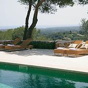 Modern Pool 403
