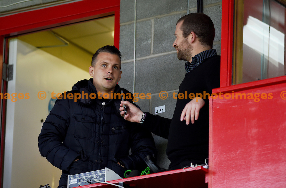 New Crawley signing Dean Cox meets the press at the Sky Bet League 2 match between Crawley Town and Luton Town at the Checkatrade Stadium in Crawley. September 17, 2016.<br /> Simon  Dack / Telephoto Images<br /> +44 7967 642437