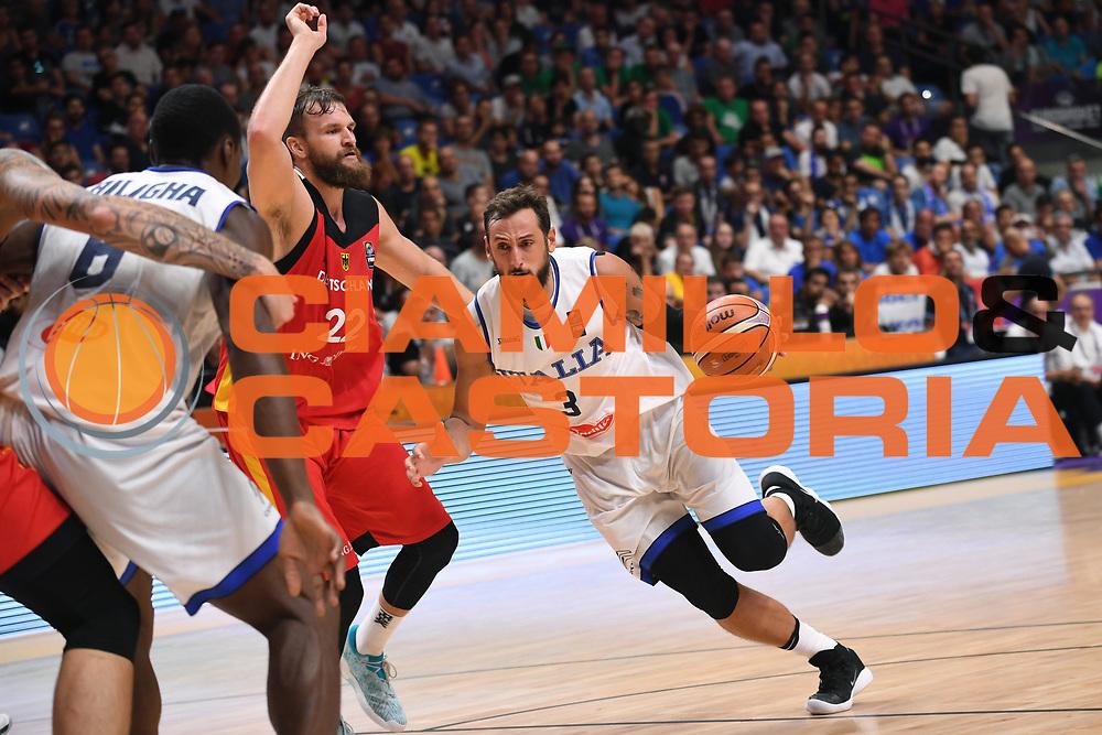 Marco Belinelli<br /> Nazionale Italiana Maschile Senior<br /> Eurobasket 2017 - Group Phase<br /> Italia Germania Italy Germany<br /> FIP 2017<br /> Tel Aviv, 05/09/2017<br /> Foto M.Ceretti / Ciamillo - Castoria