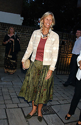 CAROLYN WATERS at the opening party of the new Frankie's Italian Bar and Grill hosted by Frankie Dettori, Marco Pierre White and Edward Taylor at 68 Chiswick High Road, London W4 on 1st September 2005.<br /><br />NON EXCLUSIVE - WORLD RIGHTS