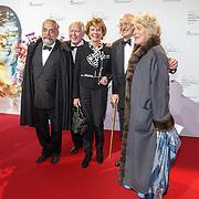 NLD/Amsterdam20151106 - Nationaal Opera Gala 2015, Mw. Martine Loon van Lanouchere en advocaat Oscar Hammerstein, Neelie Kroes