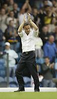 Photo: Aidan Ellis.<br /> Leeds United v Swansea City. Coca Cola League 1. 22/09/2007.<br /> Leeds manager Dennis Wise applauds the fans at the end