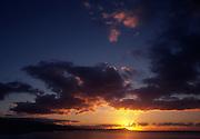 Sunset, Diamond Head, Oahu, hawaii<br />