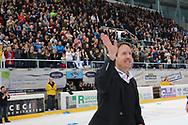 Rapperswils Michel Zeiter jubelt nach dem Playout Spiel der National League A zwischen den Rapperswil-Jona Lakers und dem EHC Biel, am Samstag, 05. April 2014, in der Diners Club Arena Rapperswil-Jona. (Thomas Oswald)