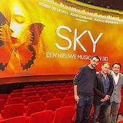 NLD/Amsterdam/20151207 - Perspresentatie nieuwe musical Sky van Robin de Levita, Marco Borsato en John Ewbank, Met Bobby Boermans